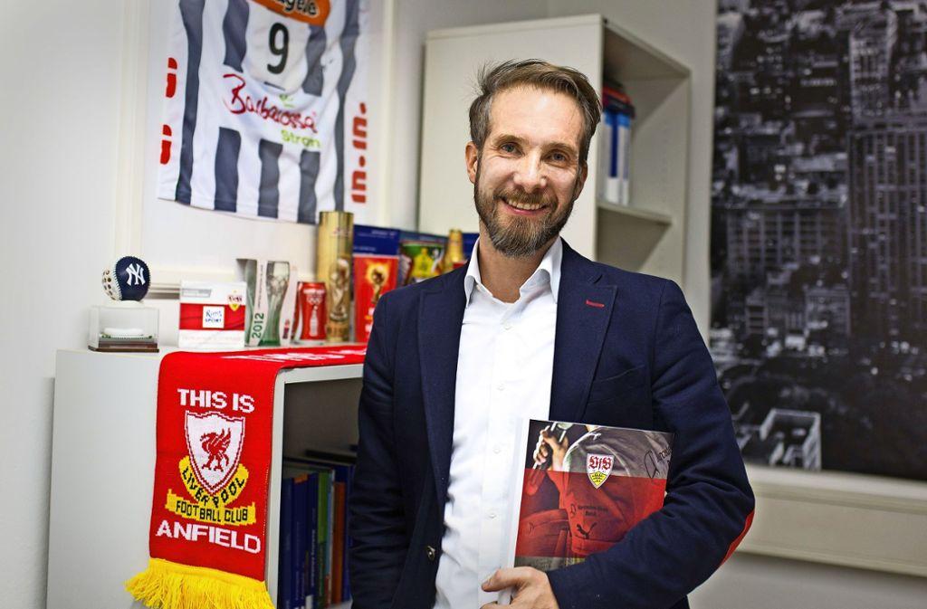 André Bühlers Herz schlägt für zwei Clubs: den VfB Stuttgart und Liverpool. Foto: Ines Rudel