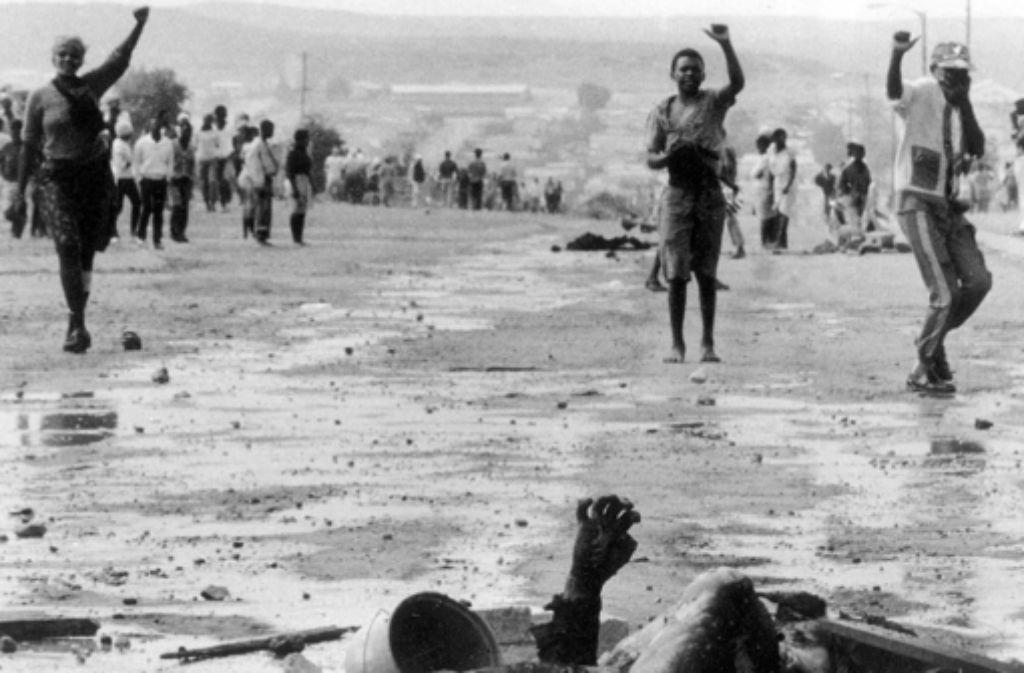 Geschundenes Südafrika: Caryl Férey beschreibt die bösen Früchte der Apartheid. Foto: AP