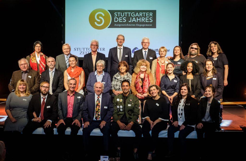Die Gewinner und Paten des Ehrenamtspreises 2017 haben den Festakt im Wizemann sichtlich genossen. Foto: Lichtgut/Achim Zweygarth