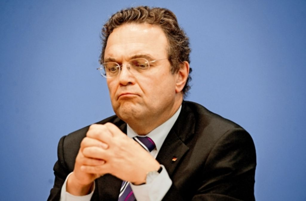 Ex-Innenminister Friedrich gerät im Fall Edathy unter Druck. Foto: dpa