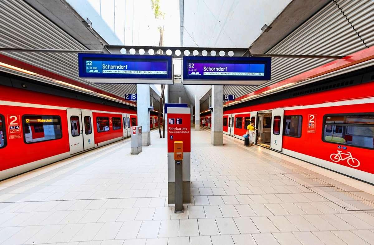 Ein Jahr keine S-Bahn nach Filderstadt? Das wollen und können sich viele nicht vorstellen. Foto: Archiv Thomas Krämer