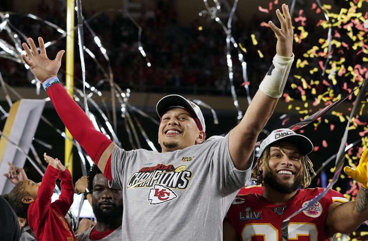 Der Champion: Pat Mahomes nach dem Superbowl-Sieg der Kansas City Chiefs Anfang Februar. Foto: dpa/David J. Phillip