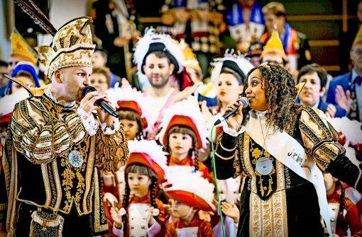 Prinz Hagen I. und Prinzessin Janine I. zu Stutengarten Foto: Lichtgut/Max Kovalenko