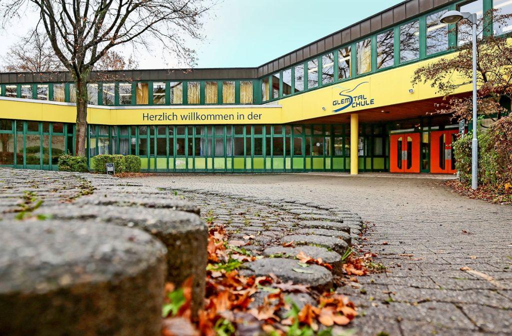 Die Glemstalschule ist in der Diskussion – doch die Parteien reden im Moment nicht miteinander. Foto: factum/Granville
