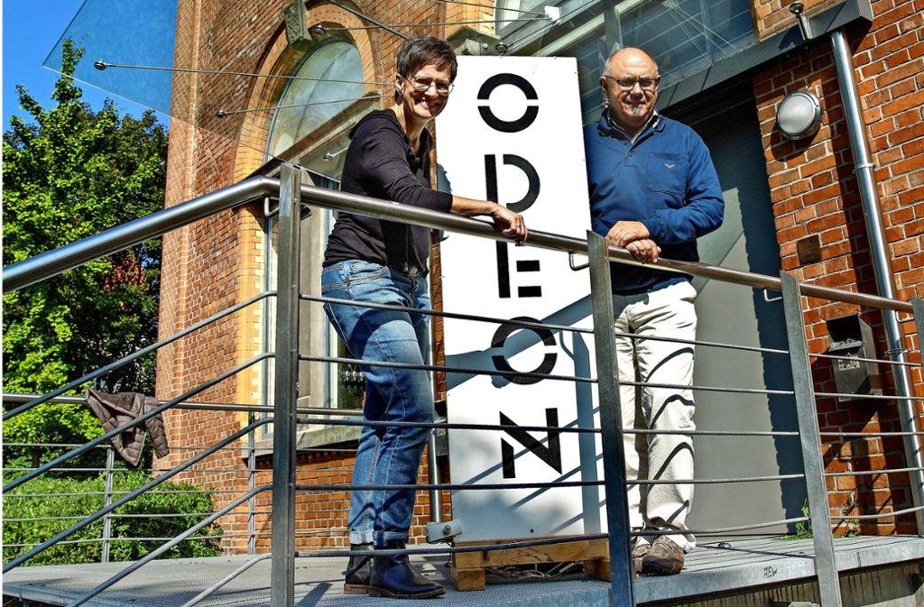 Ulrike Albrecht und Robert Scheurer stellen das Odeon-Programm zwar nicht auf den Kopf, wollen aber  einige neue Formate ausprobieren. Foto: Ines Rudel, Veranstalter