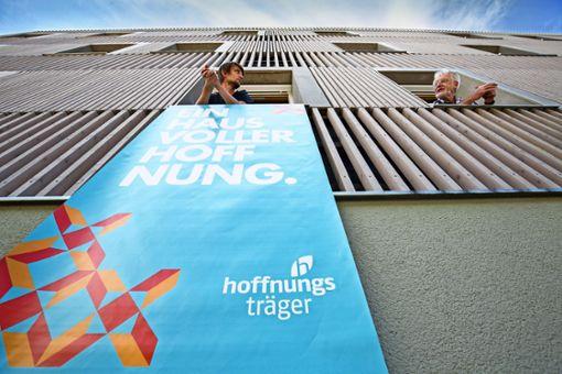 SPD zweifelt an des Helfers Gesinnung