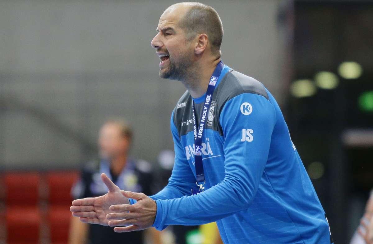 TVB-Trainer Jürgen Schweikardt hat die Pleite bei den Rhein-Neckar Löwen aufgearbeitet und geht mit neuem Elan an die Heimpremiere gegen TuSEM Essen. Foto: Baumann