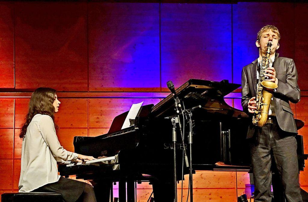 Sie standen oft auch schon gemeinsam auf der Bühne: Clara Vetter und Jakob Manz Foto: privat