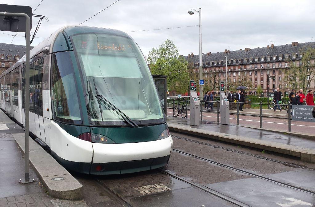 Eine Niederflurbahn wie in Straßburg – das fordert die eine Hälfte des Ludwigsburger Gemeinderats. Die andere Hälfte ist dagegen. Foto: Tim Höhn