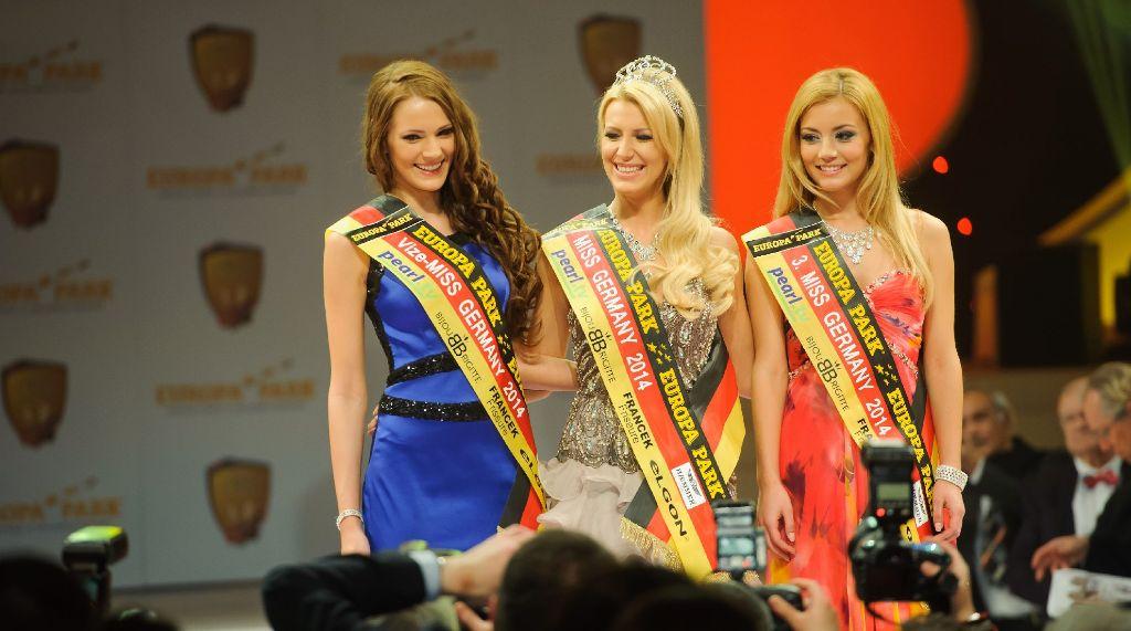 Die amtierende Miss Germany, Vivien Konca (Mitte), tritt bei der Wahl zur Miss WM für Deutschland an. Foto: www.7aktuell.de | Oskar Eyb