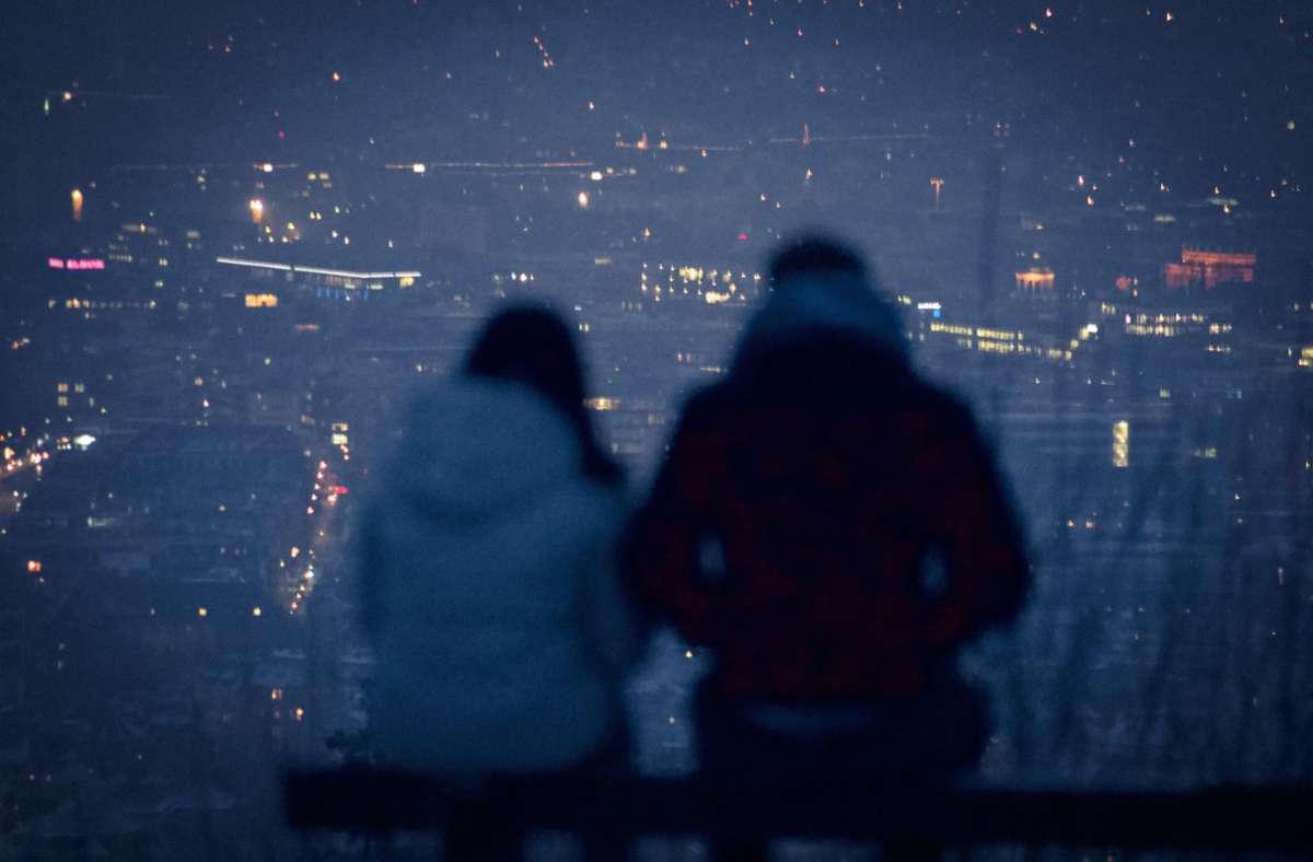 Verliebt die Stadt zu erkunden, ist gleich noch mal schöner. Foto: Unsplash/Christian Lue