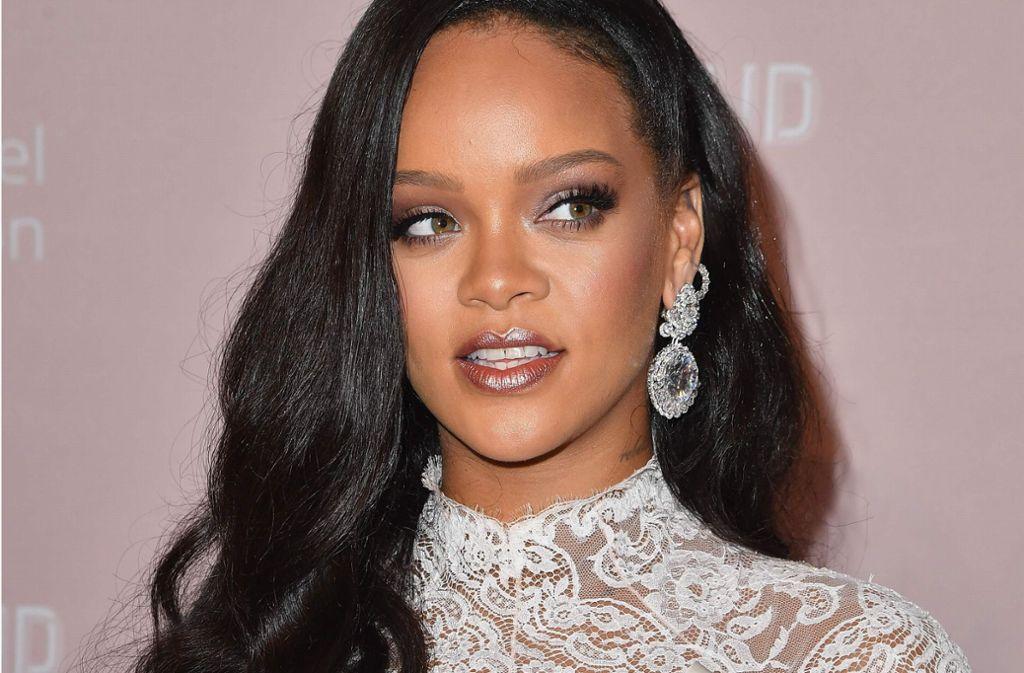 """Zum vierten Mal in Folge veranstaltete Rihanna ihren """"Diamond Ball"""". Die Stars präsentierten sich in extravaganten Kleidern. Foto: AFP"""