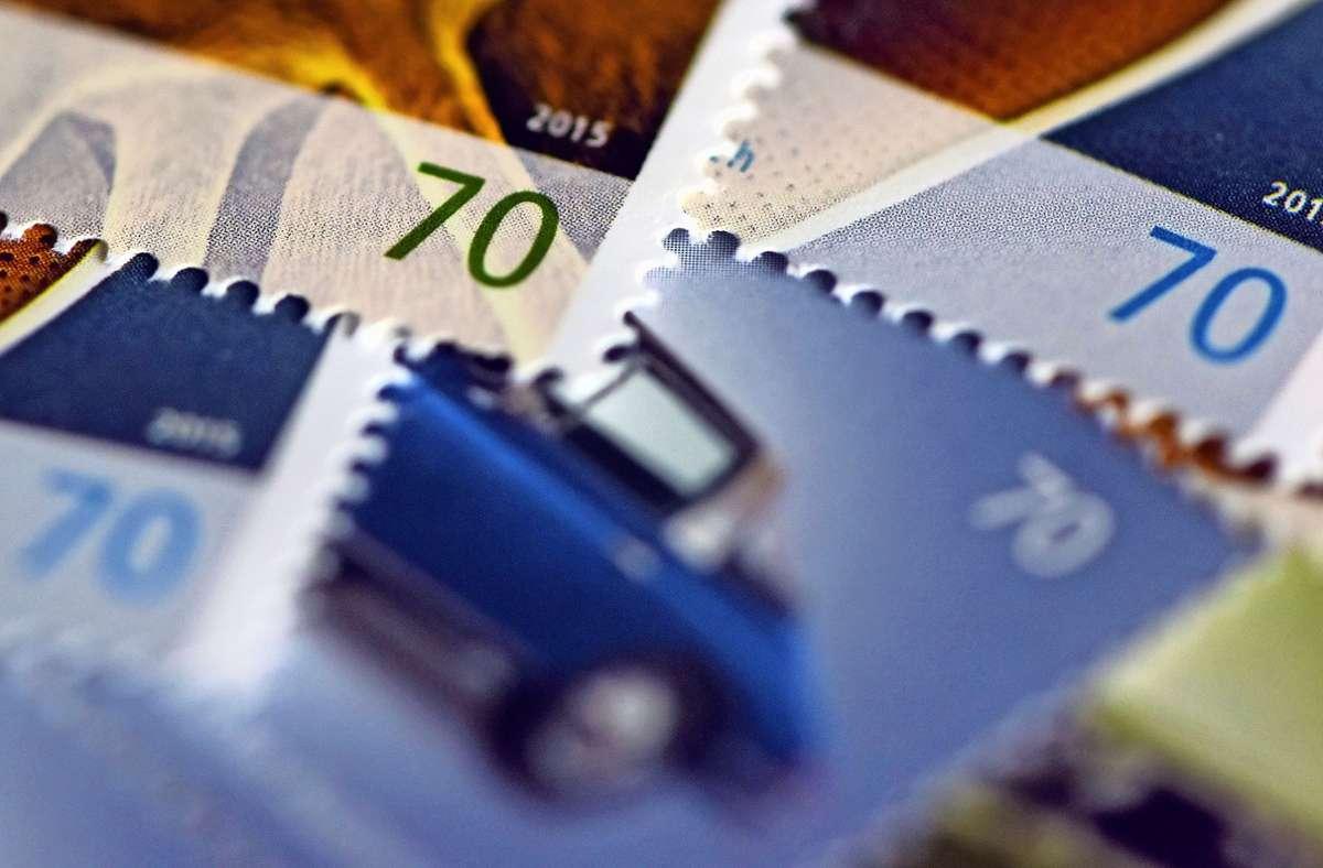 Um Briefmarken zu kaufen oder Päckchen aufzugeben, müssen die Fasanenhofer aktuell nach Möhringen. Foto: dpa/Caroline Seidel