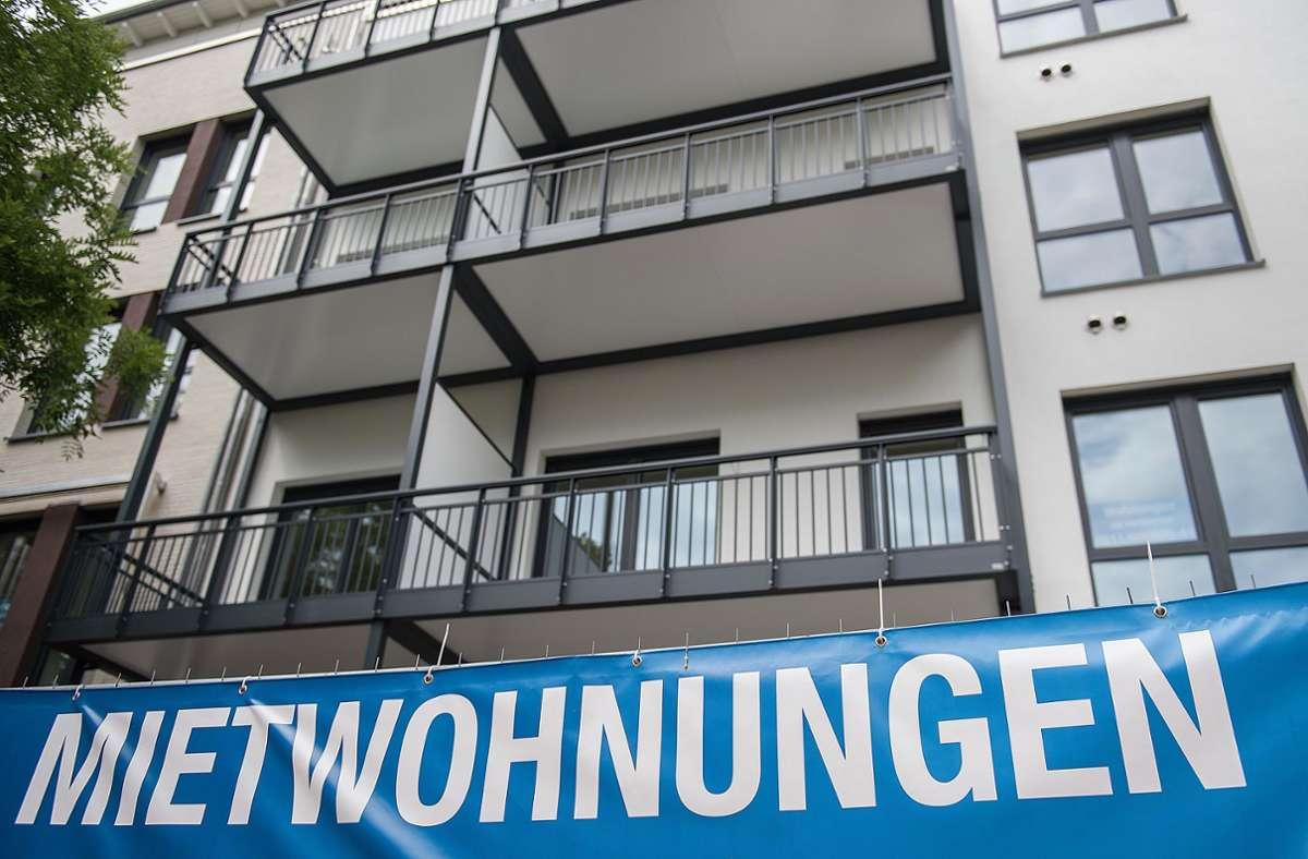 Die Angaben der Mietspiegel geben auch Orientierung  bei der Neuvermietung bestehender Wohnungen. Foto: picture alliance/dpa/Silas Stein