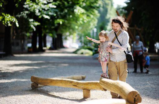 Wie Väter ihre Töchter stärken können