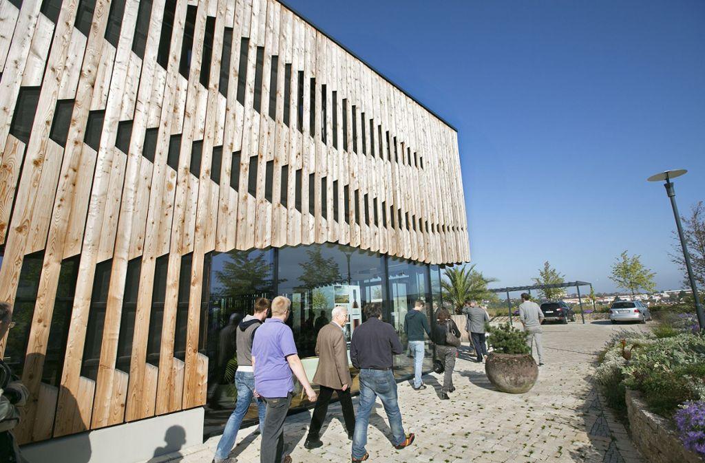 Die Fassade der Weinkellerei Kern in Kernen erhielt ebenfalls ein Preis von Holzproklima. Foto: Horst Rudel