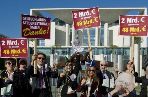 Opposition attackiert Steuervertrag mit der Schweiz