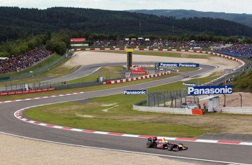 Rennen auf dem Nürburgring mit 20 000 Zuschauern