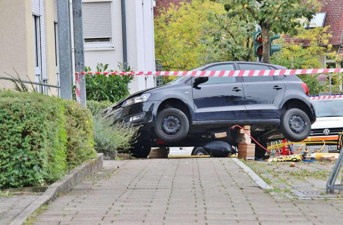 Das Auto erfasste die Mutter und ihren Sohn auf einem Gehweg. Foto: 7aktuell.de/Kevin Lermer/7aktuell.de   Kevin Lermer