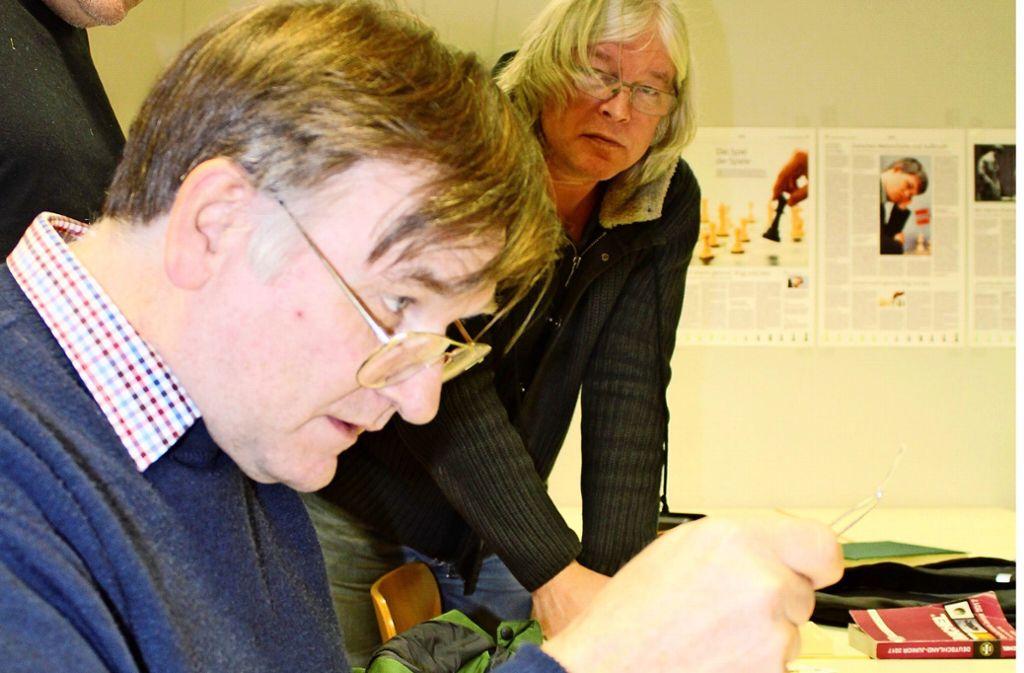 Stets auf der Suche nach besonderen Marken: Klaus Zach (vorne),  und Bernd Engelmann. Foto: Tilman Baur