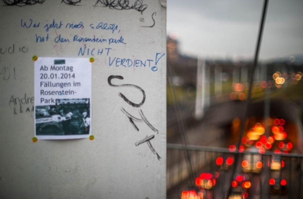Für den Rosensteintunnel werden von Montag an Bäume gefällt. Dagegen haben einige Stuttgart-21-Gegner demonstriert. Weitere Bilder der Aktion gibt es in unserer Bildergalerie. Foto: 7aktuell.de/Gerlach