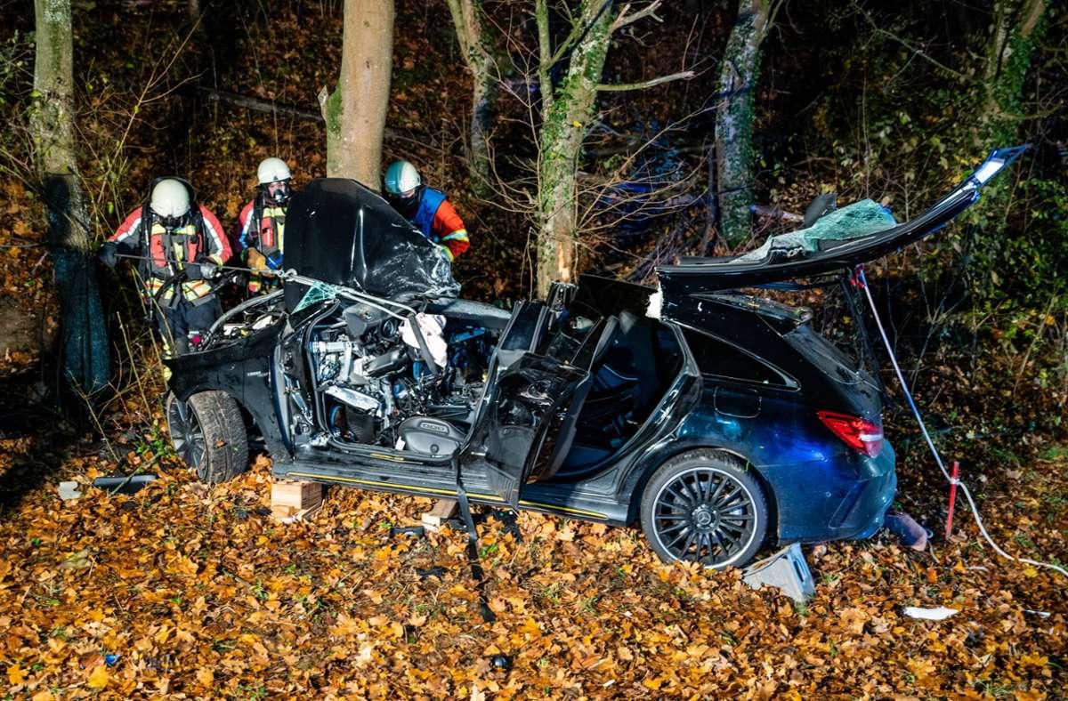 Schwerer Unfall auf der K1690 im Kreis Ludwigsburg. Foto: 7aktuell.de/Nils Reeh/7aktuell.de | Nils Reeh