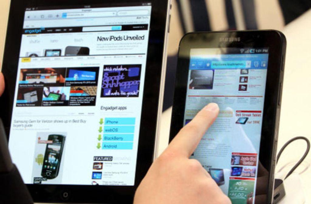 Kommt schließlich Bewegung in den Patentkrieg von Apple und Samsung? Foto: dpa