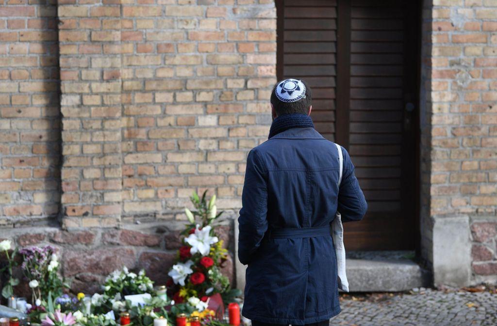 Ein Attentäter  hatte im Oktober 2019 versucht in der Synagoge von Halle ein Blutbad anzurichten. Zwei Menschen starben. Foto: dpa/Hendrik Schmidt
