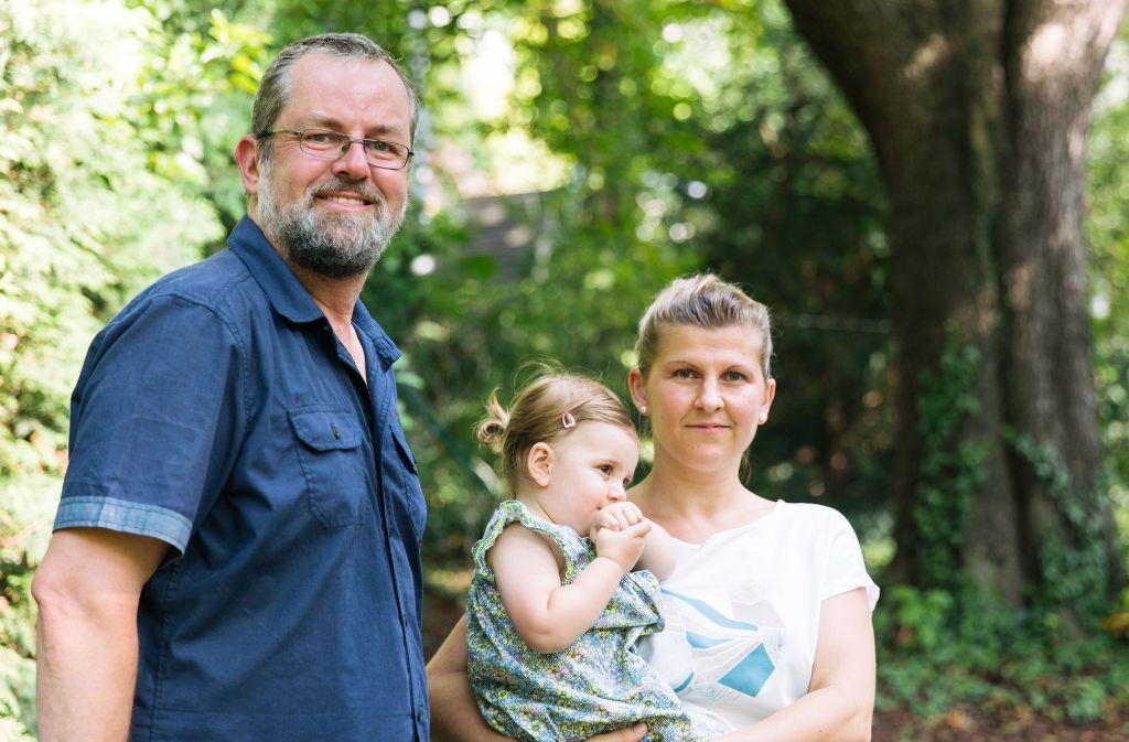 Andreas Frucht und Janina Dieudonné mit Emilia kämpfen um ihr Recht. Foto: Lichtgut/Verena Ecker