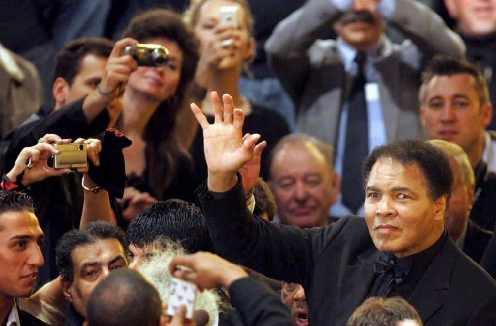 Muhammad Ali im Jahr 2005. Ali starb am Freitag im Alter von 74 Jahren. Foto: dpa