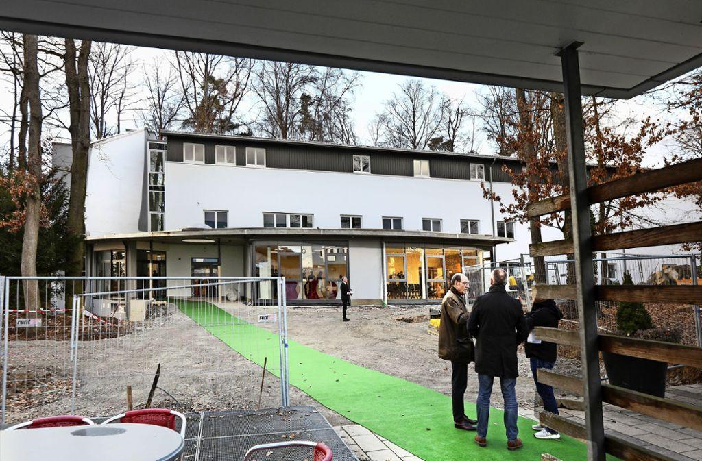 Das Waldhaus  hat außen und innen  ein komplett neues Gesicht bekommen. Foto: Horst Rudel