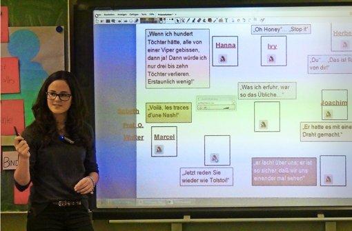 Oberstufenschüler aus Tauberbischofsheim haben mit ihren Abi-Vorbereitungsvideos eine halbe Million Klicks gesammelt. Foto: Schenck