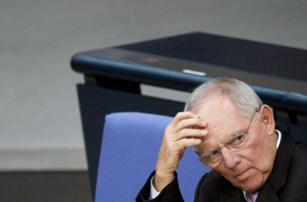 Der Kurs aus wachstumsfreundlicher Politik und Konsolidierung trage Früchte, erklärte Bundesfinanzminister Schäuble. Foto: dpa-Zentralbild