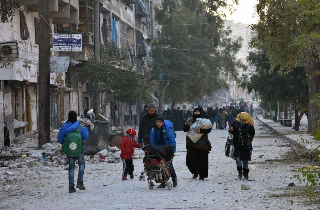 Auch Herr T. und Frau A. sind aus dem zerbombten Aleppo geflohen. Foto: dpa/SANA