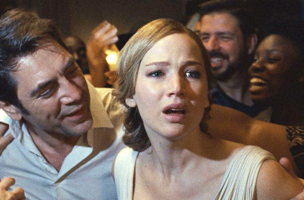 """Völlig am Ende: Schauspielerin Jennifer Lawrence in dem neuen Film """"Mother"""" Foto: Paramount Pictures"""