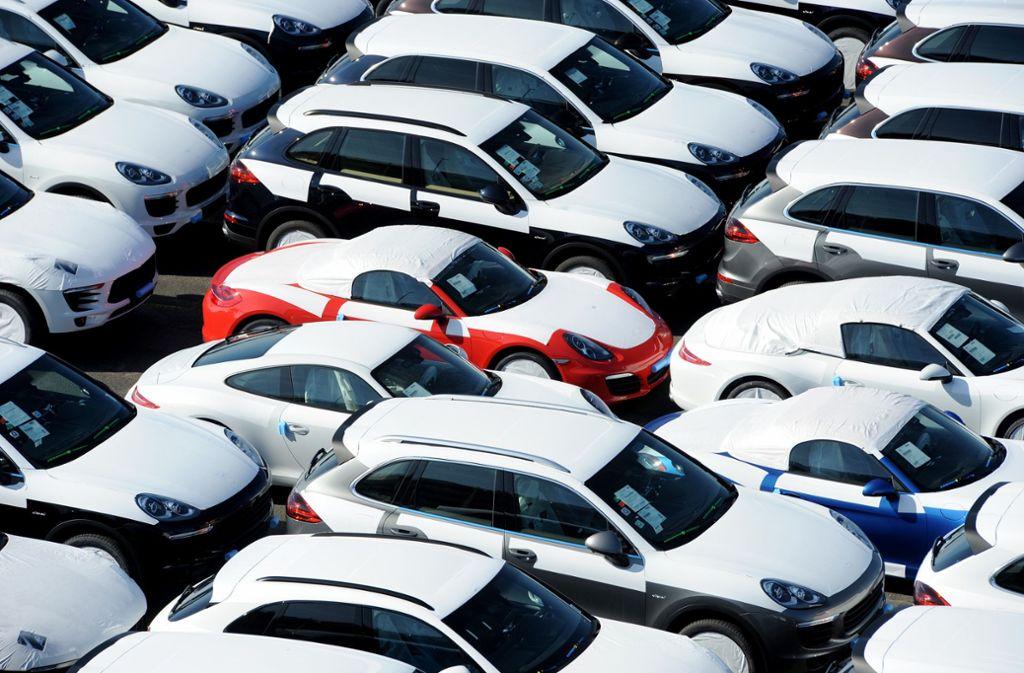 Was Fahrzeuge dank digitaler Datenspeicherung über ihre Besitzer verraten, erläutert ein LKA-Experte im Technikforum Backnang. Foto: dpa