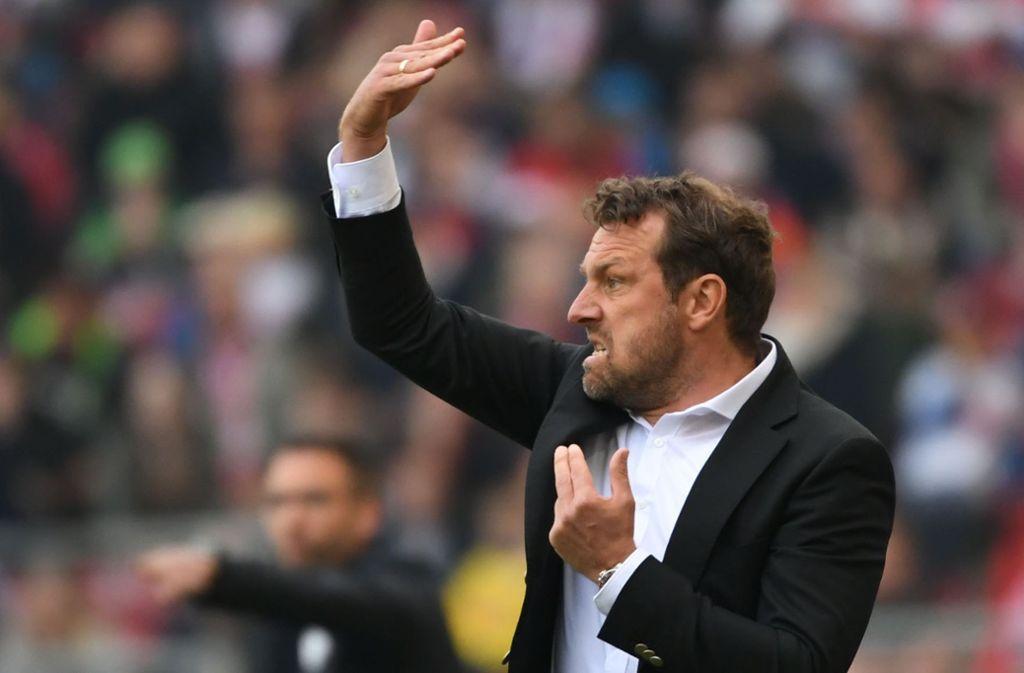 Trainer Markus Weinzierl zeigte sich nach der Partie unzufrieden mit dem Ergebnis. Die Stimmen zum VfB-Spiel gegen den 1. FC Nürnberg. Foto: dpa