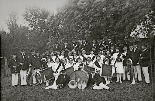 Mit Posaunen und Trompeten feiert das Geburtstagskind Jubiläum