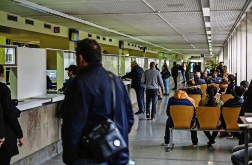 Kfz-Zulassungsstelle erhält mehr Personal
