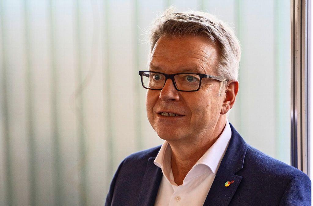 Seit drei Jahren leitet Jörg Noetzel den Klinikverbund Südwest. Foto: factum/Jürgen Bach