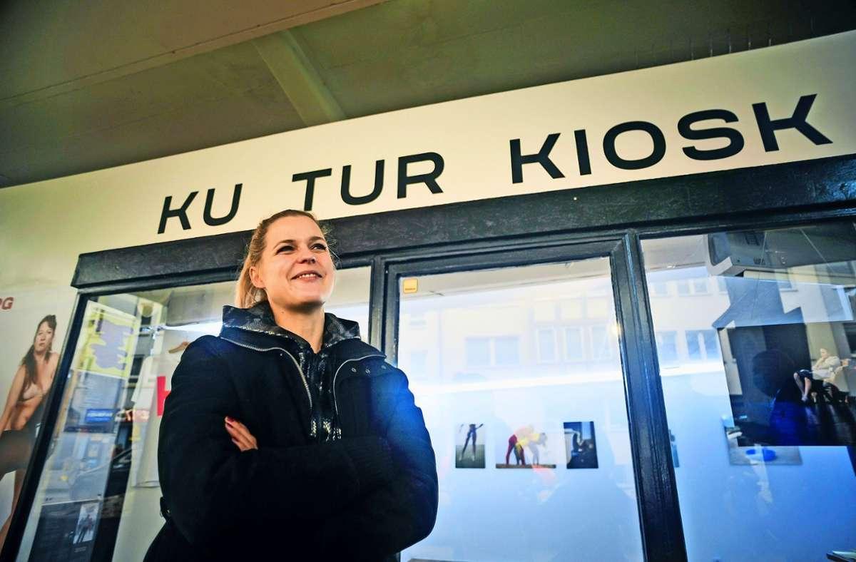 Sara Dahme vom Kulturkiosk schilderte den Bezirksbeiräten ihre Erfahrungen im vergangenen Pandemiejahr und gab einen Ausblick in die Zukunft. Foto: /Max Kovalenko