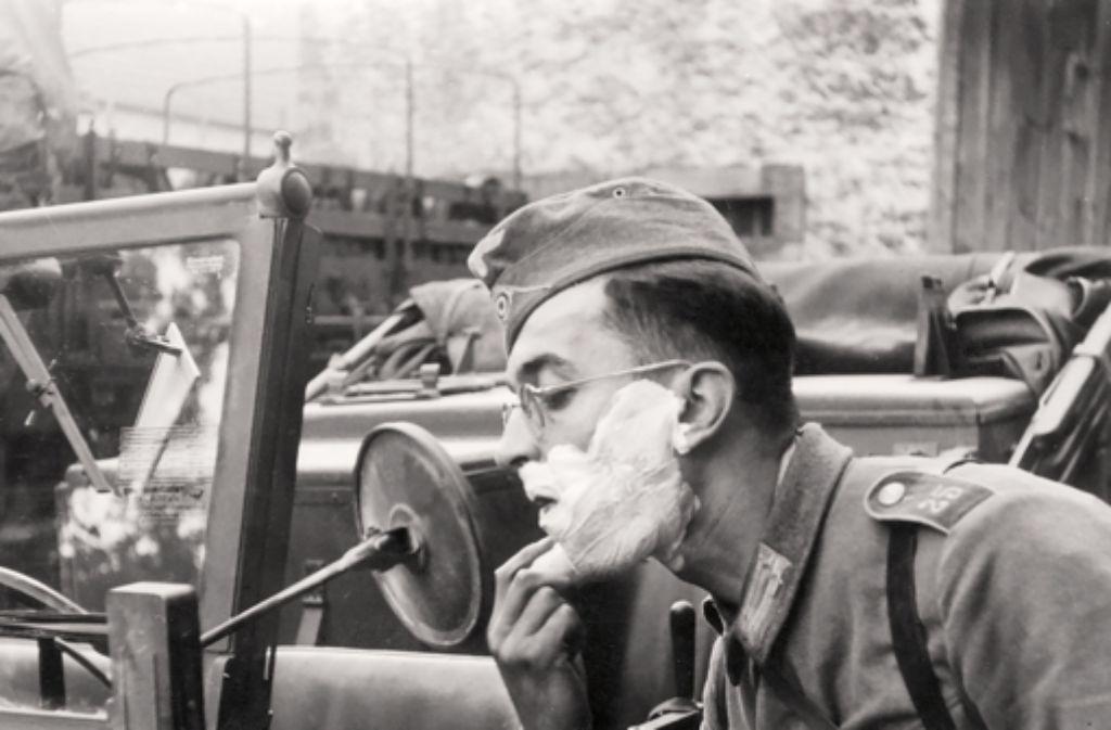 Eine Ausstellung beschäftigt sich mit Trolls Rolle als Kriegsberichterstatter im Zweiten Weltkrieg. Foto: Silberburg Verlag