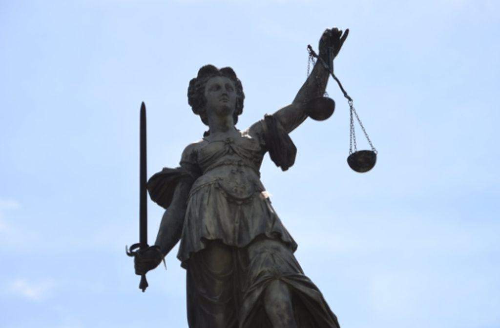 Der Angeklagte muss nun 5000 Euro zahlen. Foto: dpa