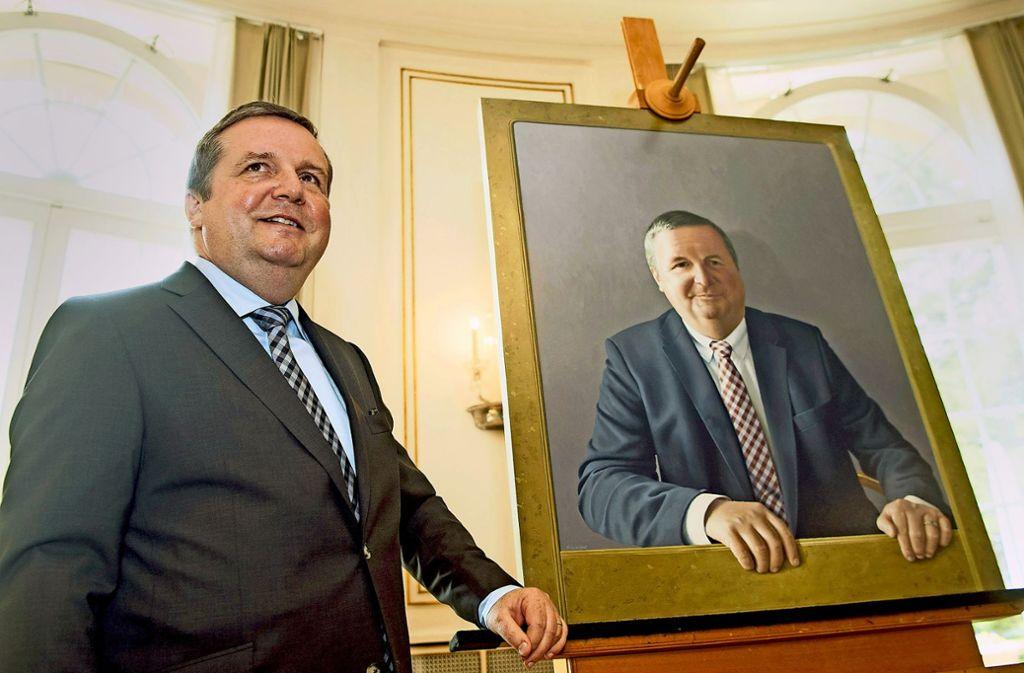 Vorbild in puncto Führung? Stefan Mappus mit seinem 2018 enthüllten offiziellen Porträt. Foto: dpa
