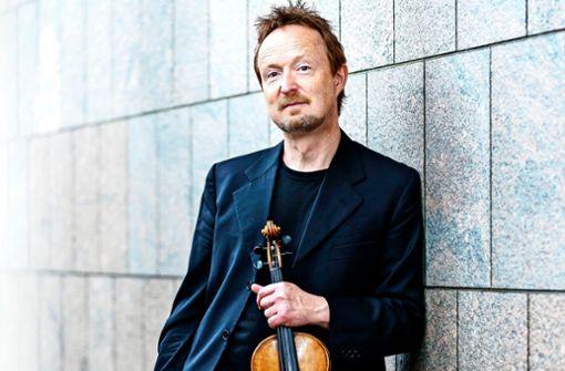 Der Violinist Daniel Sepec tritt am 7. Oktober im Hospitalhof mit dem Stuttgarter Kammerorchester auf.