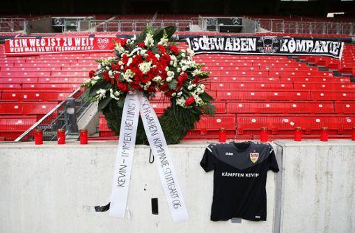 VfB-Fans gedenken verstorbenem Kevin