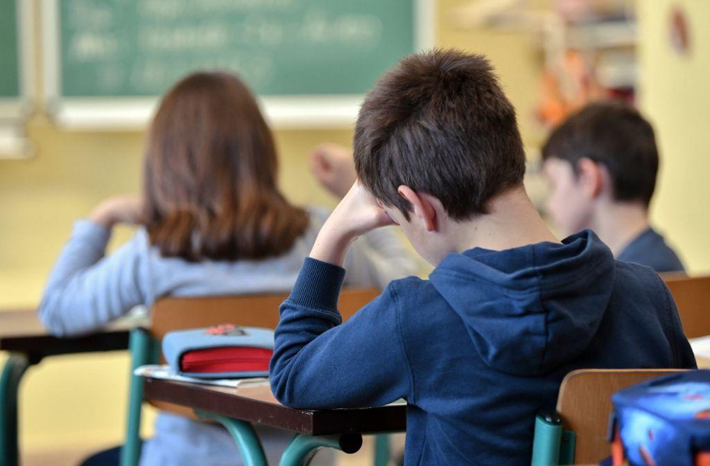 In einer Berliner Grundschule soll es über einen längeren Zeitraum zu Mobbing-Fällen gekommen sein. (Symbolbild) Foto: dpa-Zentralbild