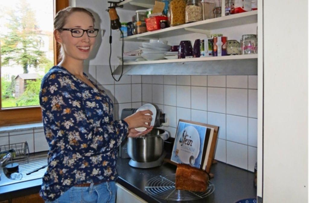 Nur knapp vier Quadratmeter misst Natalie Friedrichs Küche. Foto: Julia Barnerßoi