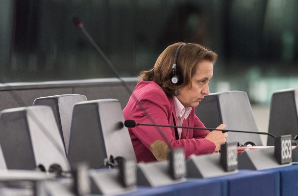 Die AfD-Europapolitikerin Beatrix von Storch sucht im Straßburger Parlament die Nähe zu Rechtspopulisten und Islam-Kritikern. Foto: dpa