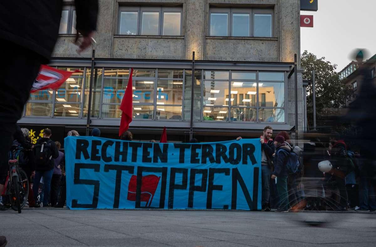 Demonstration nach dem Anschlag von Halle in Stuttgart Foto: Lichtgut/Julian Rettig